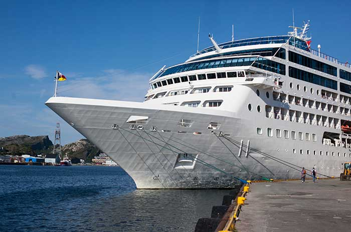 cruise & passenger